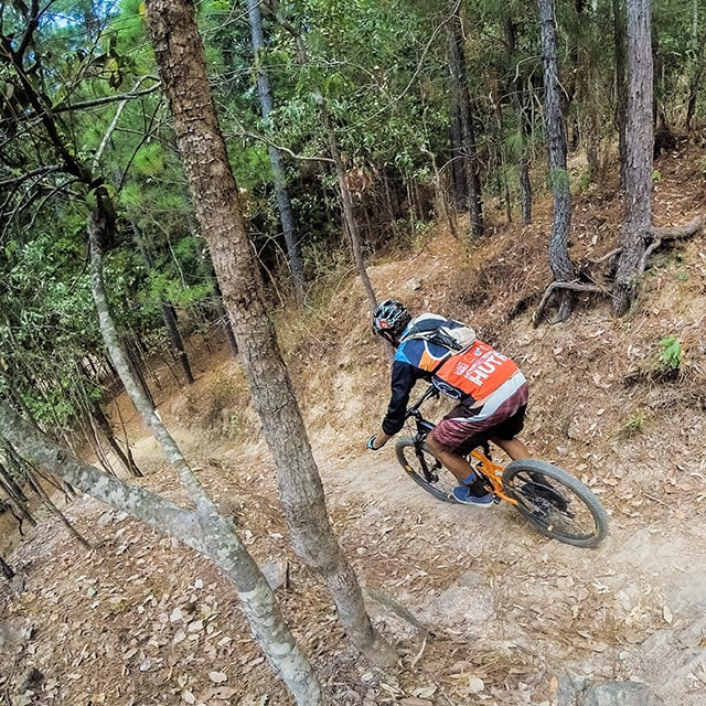CAIRNS MOUNTAIN BIKE TOURS GUIDED ALL-MOUTNAIN ENDURO TOUR